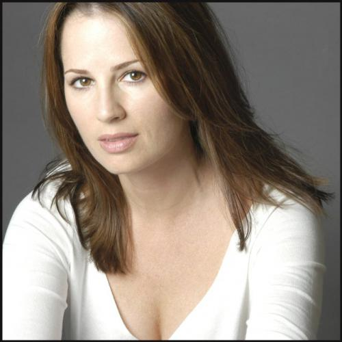 Paula MarshallProfile, Photos, News and Bio