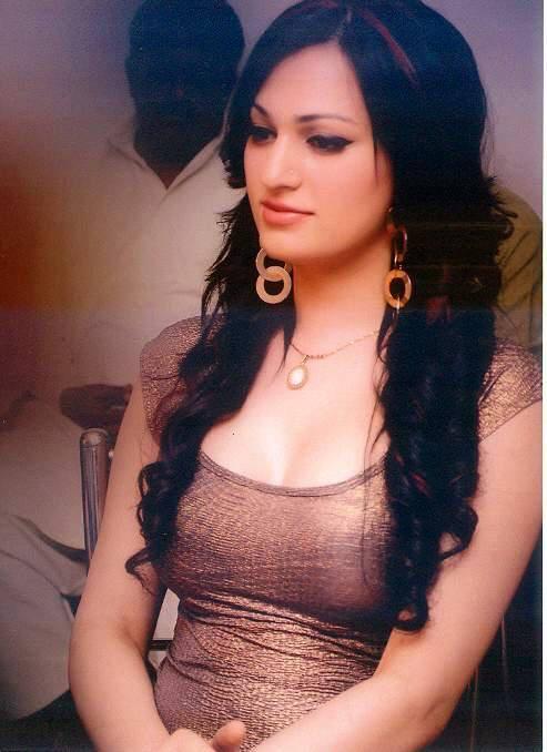 Rimal Ali Profile Photos News Bio Celebnest