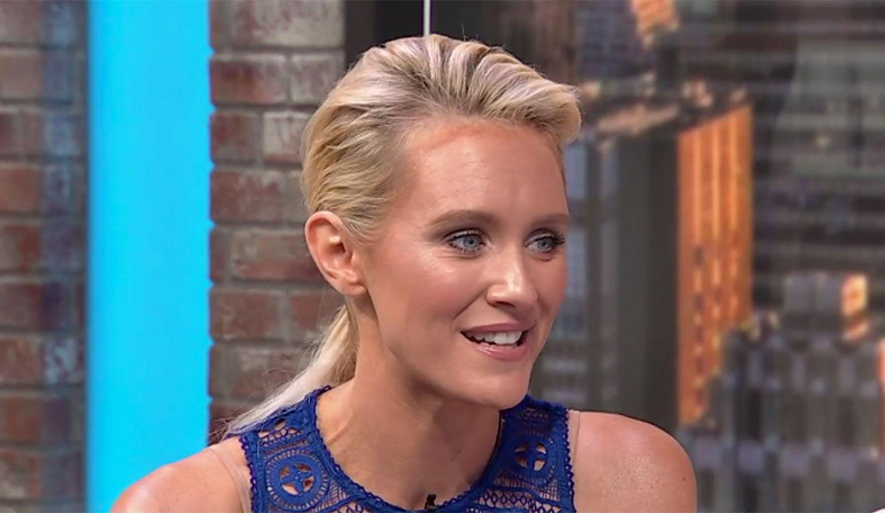 Aussie Star Nicky Whelan on Filming Commercials With New Dad George Clooney:    He  's Got an Incredible  Energy