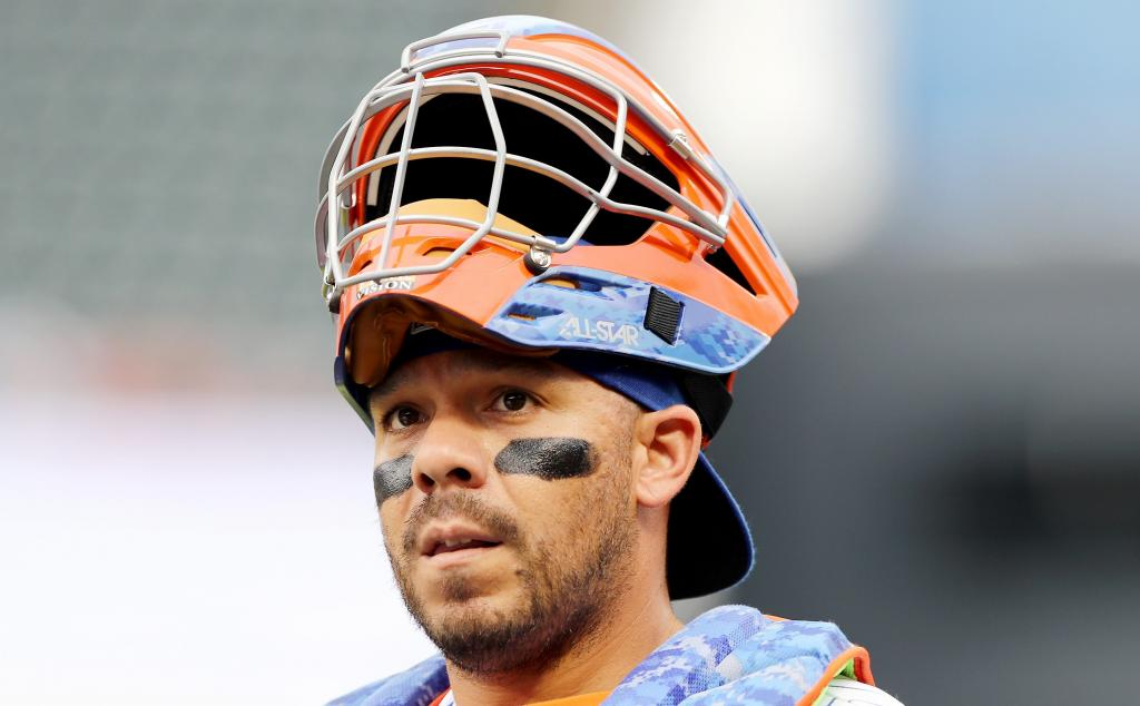Cubs Claim Catcher Rene Rivera Off Waivers From Mets