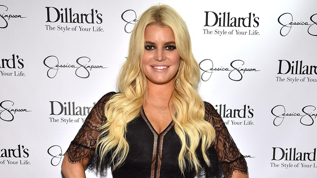 Jessica Simpson Flaunts Her Cleavage Wearing Racy Crop Top With Husband Eric Johnson -- See the Pic