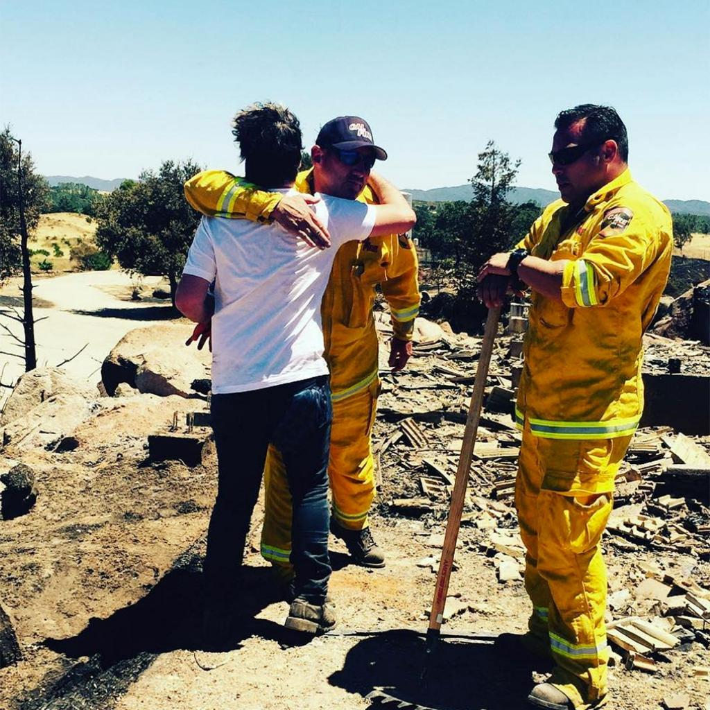 Big Bang Theory's Johnny Galecki Thanks Firefighters After His Home Burns Down in Massive Fire