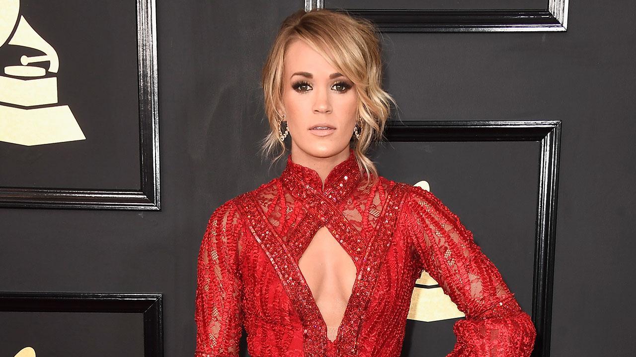 Carrie Underwood Reunites With 'American Idol' Judge Paula Abdul Amid Show's Reboot