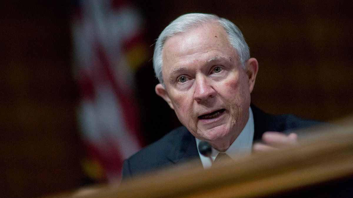 Trump Backer Jeff Sessions Goes From Gadfly to Major Player