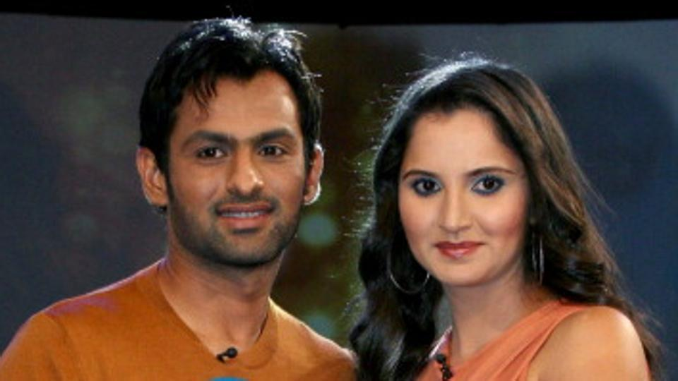 Sania Mirza hails Shoaib Malik's commitment towards cricket and country