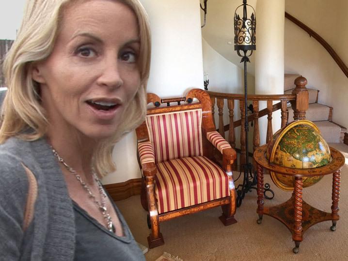 Camille Grammer -- $14k Table Up for Grabs in Super Fancy Ga