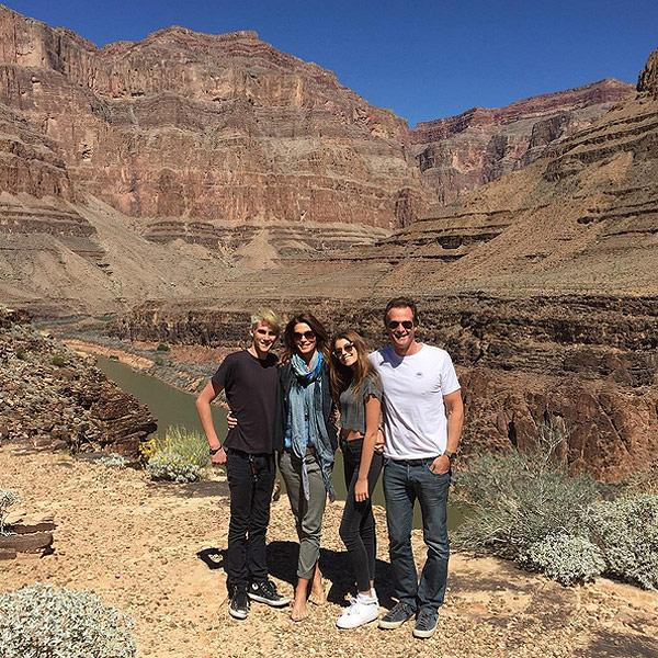 Cindy Crawford and Family Joke They're 'Not The Griswolds' I
