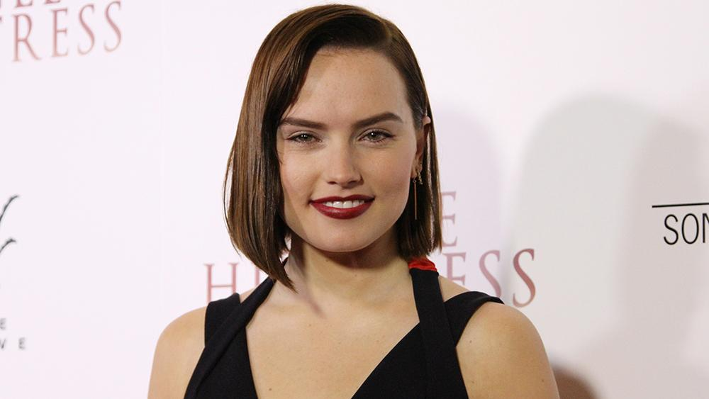 Daisy Ridley to Star in Spy Movie   'A Woman of No Importance '  for Paramount
