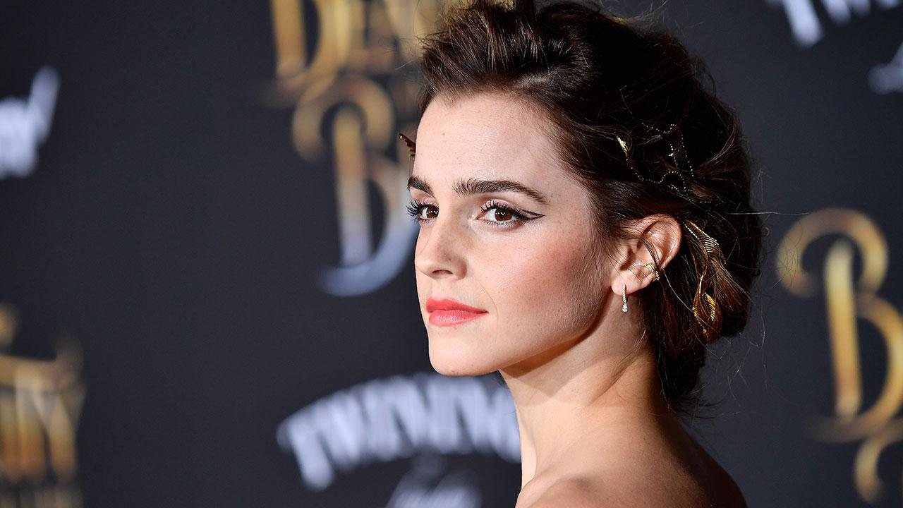 Emma Watson Reveals Which Celeb Had Her Starstruck at the 'Beauty and the Beast' Premiere