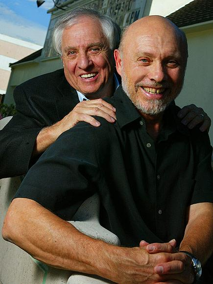Hector Elizondo Pays Tribute to Director Garry Marshall: 'He Was a Champion Hugger'