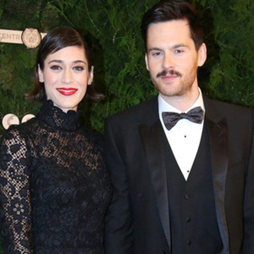 It's Official: Lizzy Caplan and Tom Riley Make First Red Car