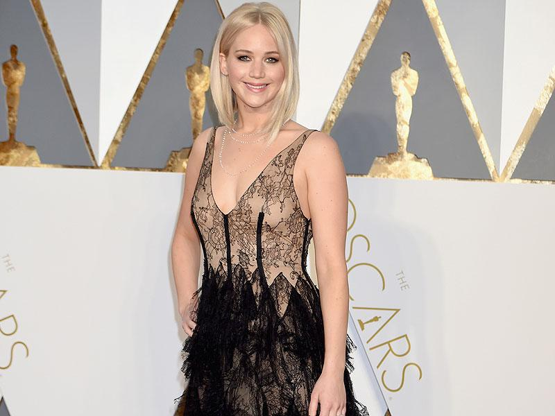 Jennifer Lawrence to Play Elizabeth Holmes in Movie About Embattled Tech Firm Theranos