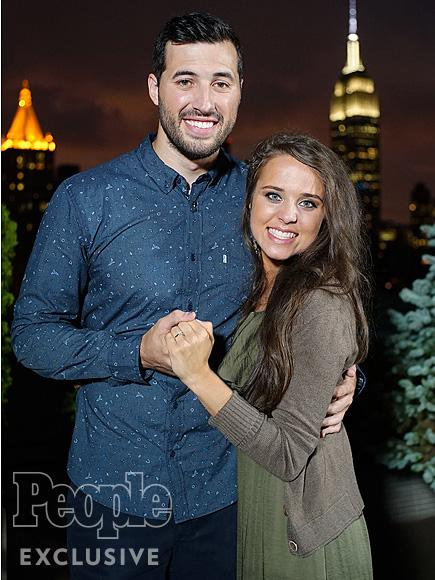 Jinger Duggar Marries Soccer Player Jeremy Vuolo in Front of Nearly 1,000 Wedding Guests