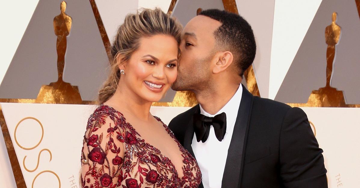 John Legend Kissed Chrissy Teigen at the Oscars, Reminded Us