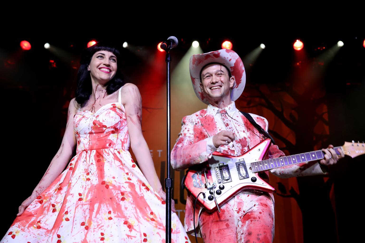 Joseph Gordon-Levitt and Wife Tasha McCauley Make Rare Public Appearance at Seth Rogen  's Charity Event