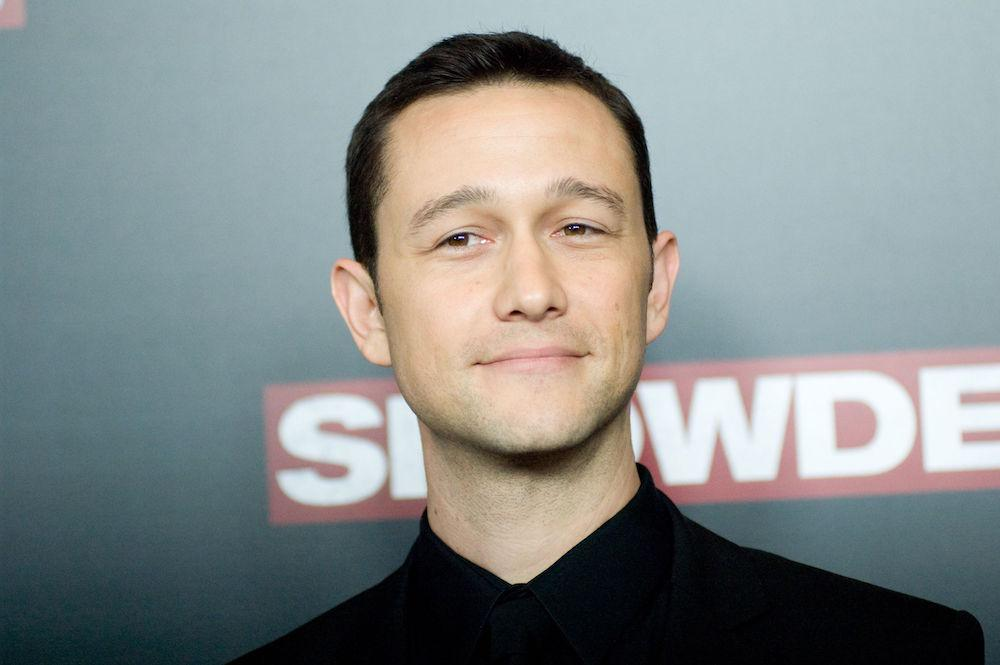 Joseph Gordon-Levitt Reveals What It  's Like To Get Stoned With Oliver Stone