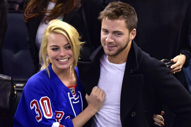 Margot Robbie Seemingly Confirms Wedding Rumors by Flashing New Diamond Ring