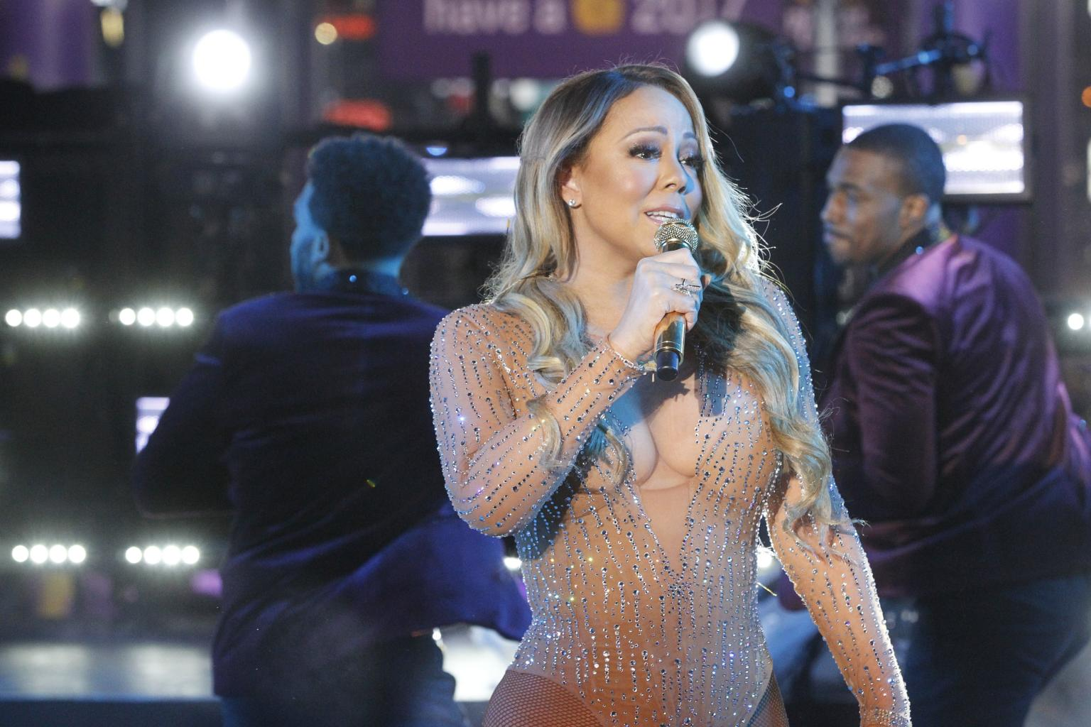 Mariah Carey Blasts Production Team Who 'Foiled' Her During Nye Fiasco, Taking Break From Social Media