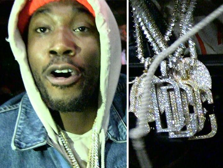 Meek Mill Says He Didn't Rob Nicki Minaj (Video)