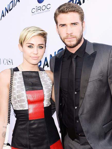 Miley Cyrus and Ex-Fianc� Liam Hemsworth Spotted Getting Coz