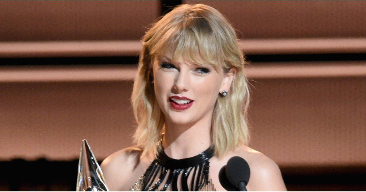 Taylor Swift Goes Back to Her Roots by Popping Up at the CMAs