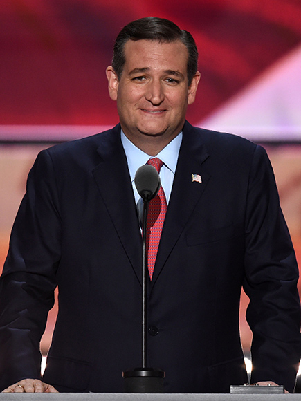 Ted Cruz Taunted By Angry Gop Convention Delegates as He Refuses to Endorse Donald Trump