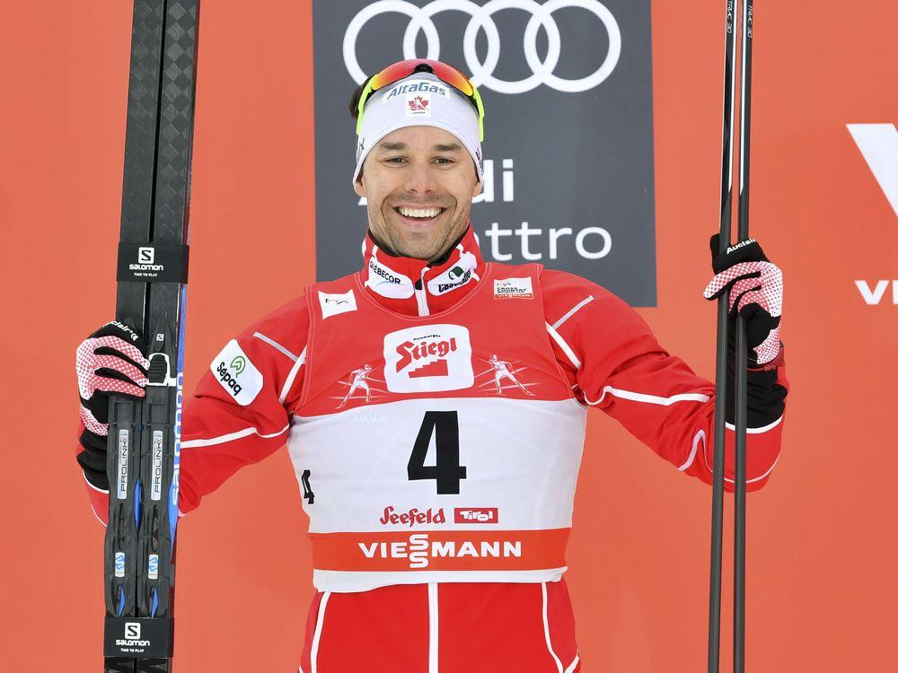 Alex Harvey wins silver in cross-country World Cup ski race