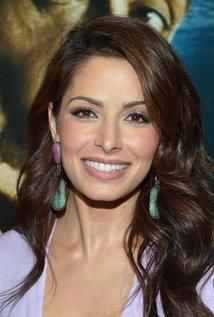 Sarah Shahi - IMDb