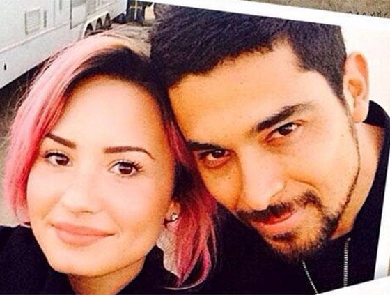 Demi Lovato Dating Timeline, Pictures of Boyfriend History | Teen.com