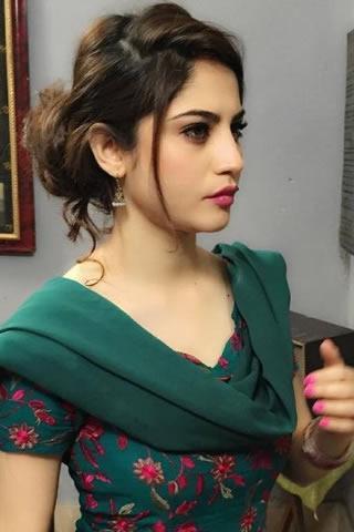 Neelam Muneer Hot Pics, Gallery Of Neelam Muneer - Model & Actress