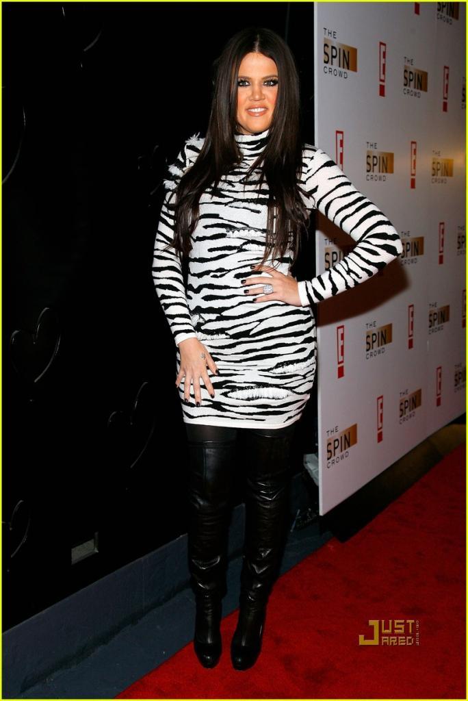 Full Sized Photo of kim kardashian michael copon