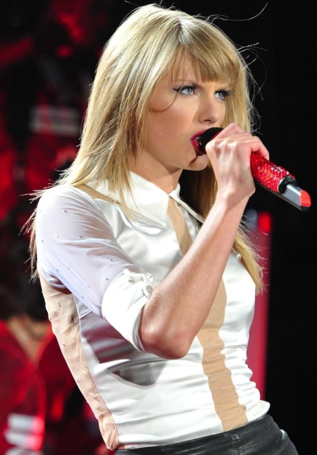Taylor Swift and Matthew Gray Gubler: New Couple Alert
