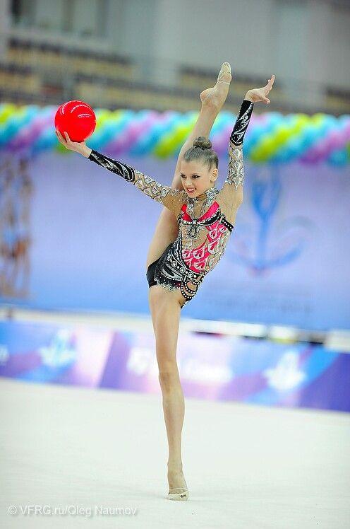 Alexandra Soldatova Of Russia /photo By Oleg Naumov   Rhythmic