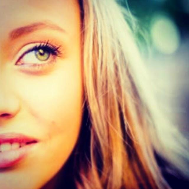 Allison Ivy     Singer   Actor   Dancer