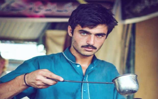 Arshad Khan: 'Dreamy-eyed' Tea Seller Becomes Model After Photo