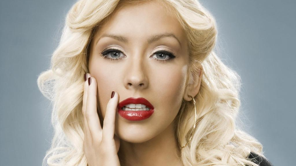 Christina Aguilera Hairstyle   Full HD Pictures