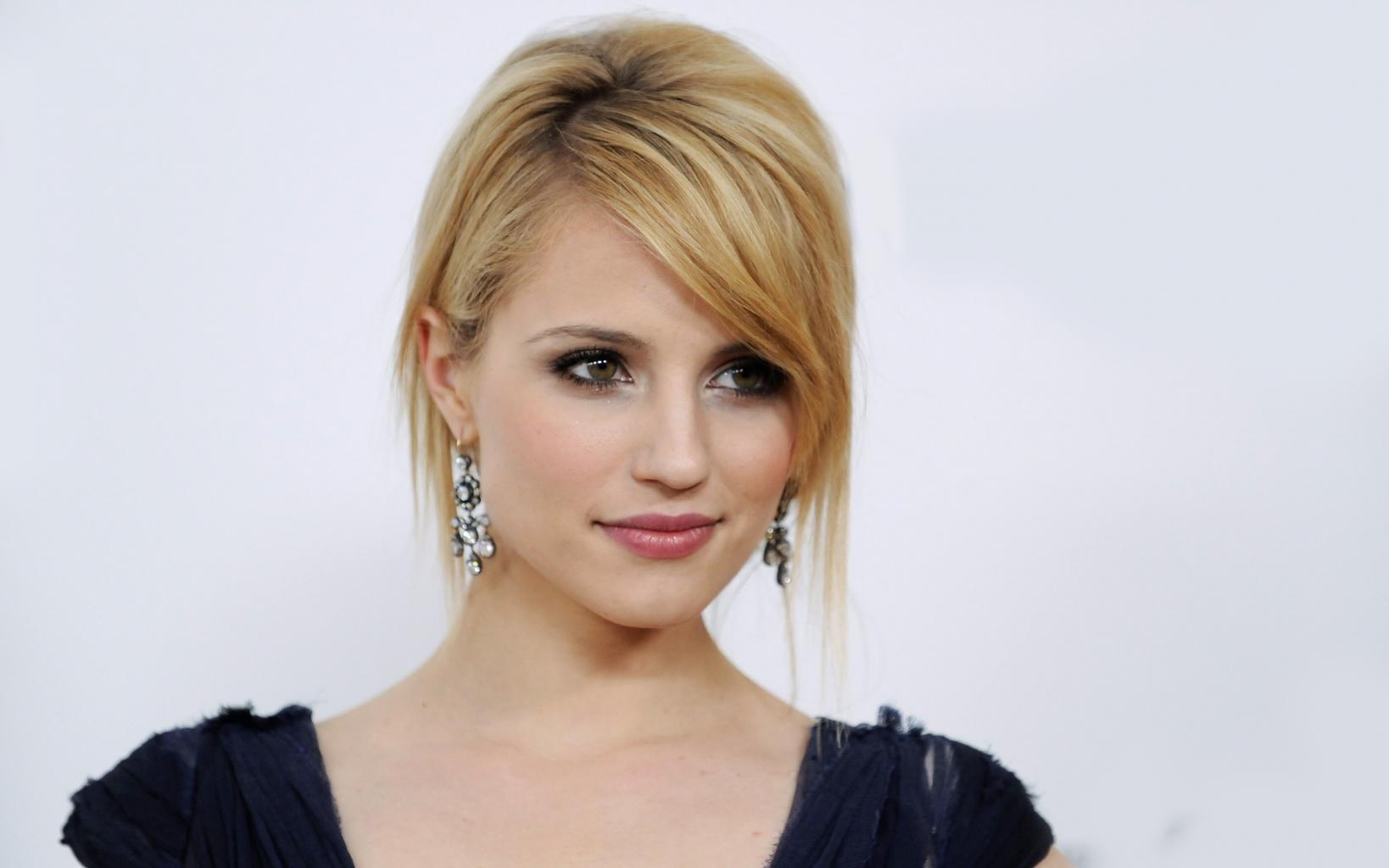 Dianna Agron Thinks Hollywood Is 'Hugely Sexist'