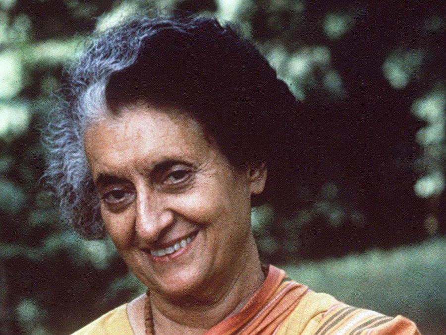 Indira Gandhi Biography - Childhood, Life Achievements & Timeline