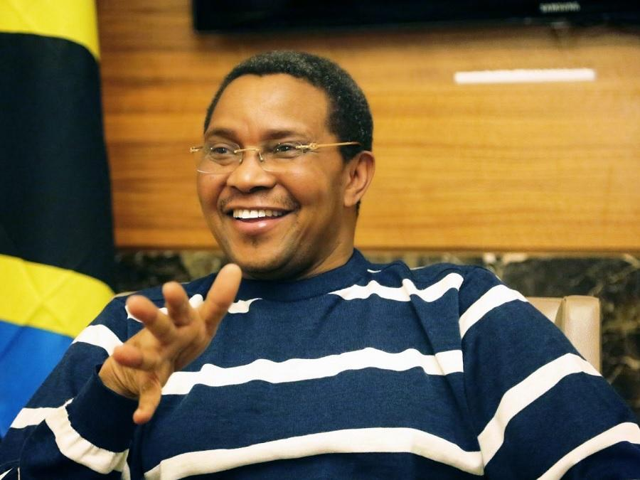 Jakaya Kikwete Biography - Childhood, Life Achievements & Timeline