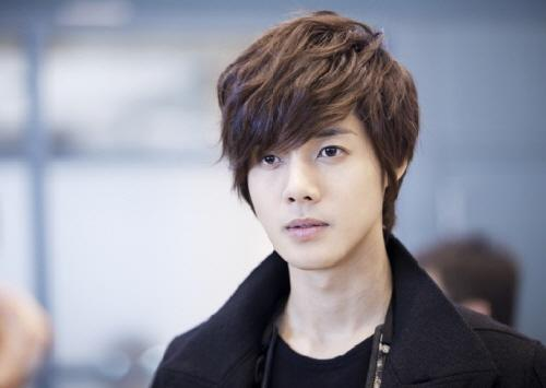 Kim Hyun Joong Claims Ex-Girlfriend Is Not Providing Sufficient