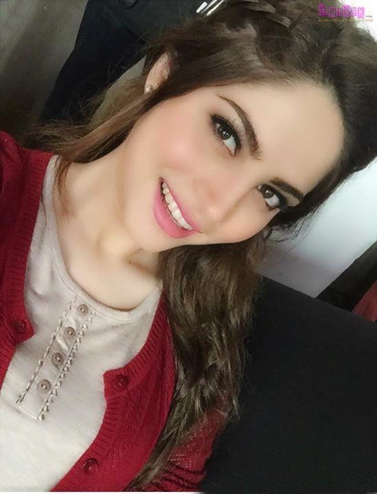 Neelam Muneer - Fashion Models