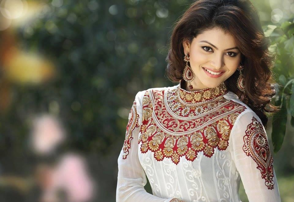 These 18 Pictures Of Urvashi Rautela Will Make You Fall In Love With