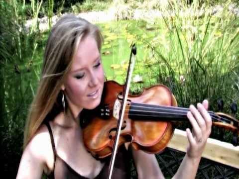 Tiho Poj To Pesem - Ana Vurcer - YouTube