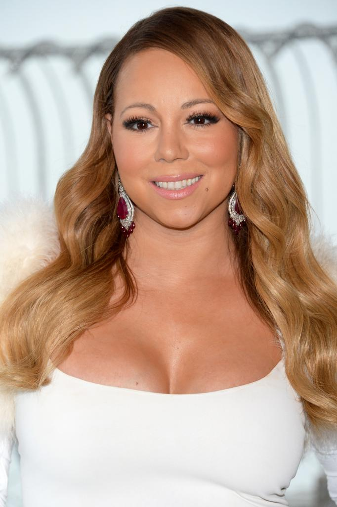 Watch Mariah Carey's Vocal Struggles In Tour Opener   Hollywood Reporter