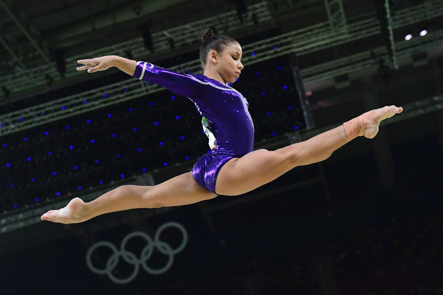 Who Is Brazilian Gymnast Flavia Saraiva?   POPSUGAR Latina