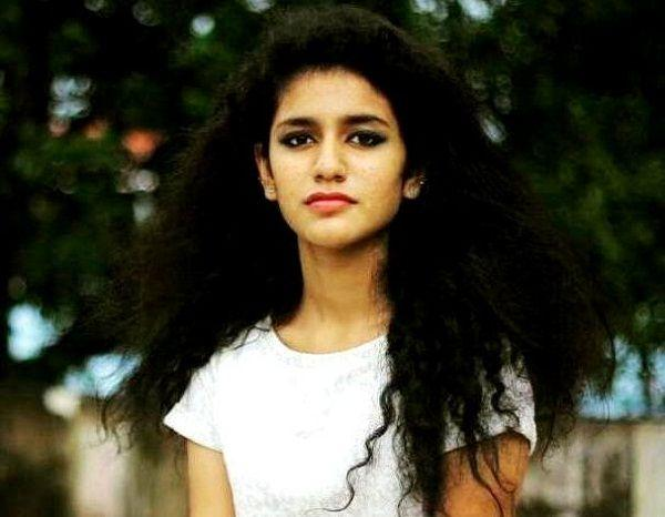 Priya Prakash Varrier Height Weight Age Boyfriend Biography