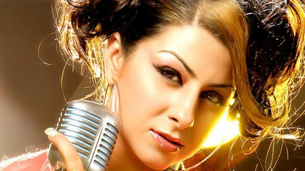 Life Sketch Of Singer Hard Kaur Part2 YouTube