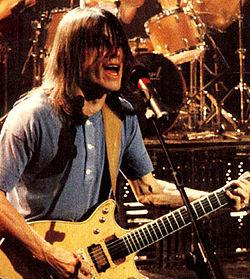 Malcolm Young - Wikipedia