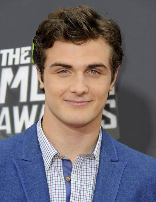 Beau MirchoffProfile, Photos, News and Bio