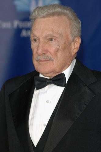 Warren Stevens